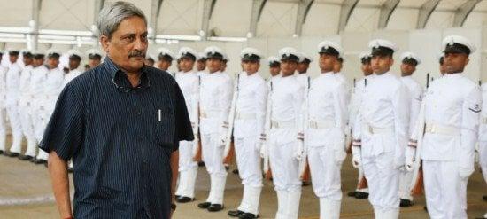 Parrikar-in-Dhaka-to-boost-defence-ties-550x247.jpg
