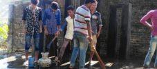 গর্জনিয়ায় শহীদ মিনার পরিস্কার করলো ছাত্রলীগের নেতাকর্মীরা